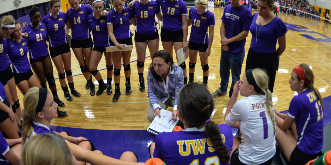Volleyball Hits Successful Midseason Stride