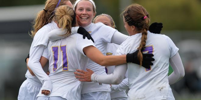 Soccer Battles for Slot in Conference Tournament
