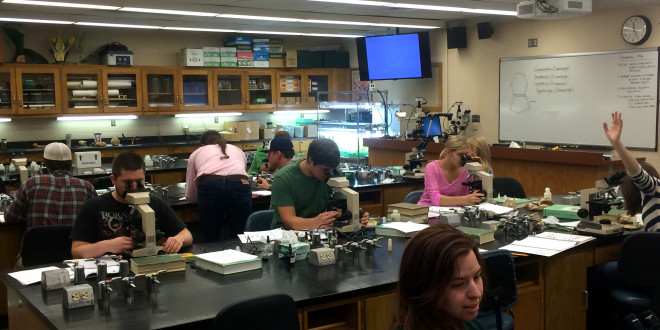 Students Explore a Variety of Algae in Central Wisconsin