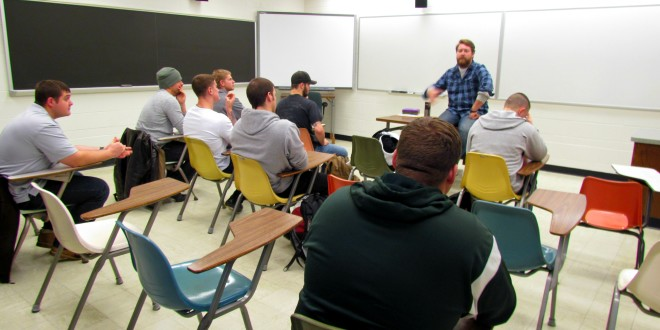 First Year Seminar Class Helps Veterans Transition To College
